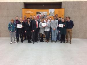 Teilnehmer und Sponsoren des 5 Euro StartUp Projektes 2016/2017 an der htw saar